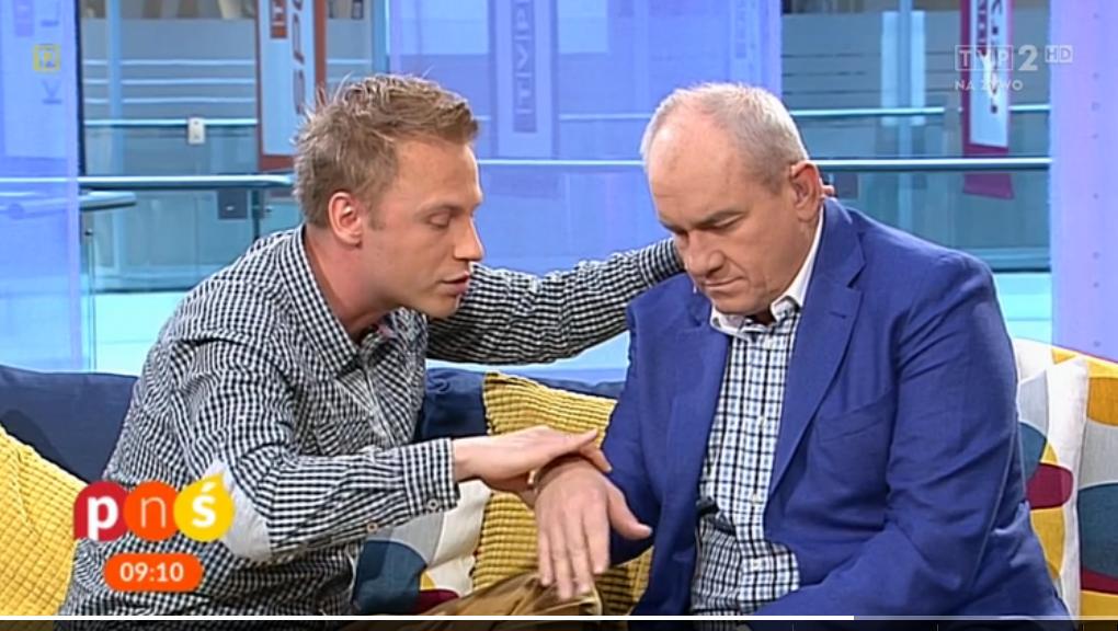 Michał Cieślakowski zahipnotyzował prezentera TVP